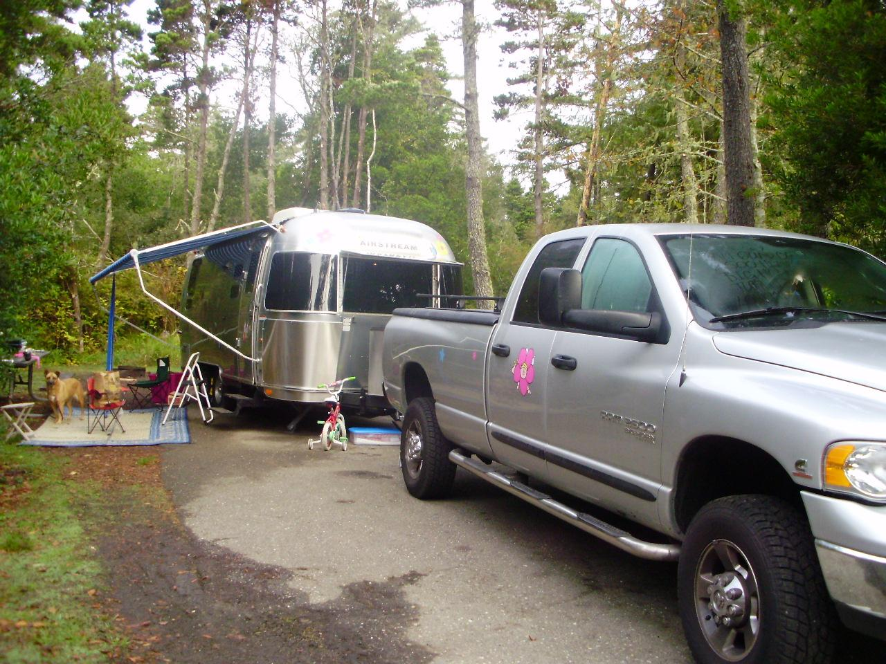 Rene and Isabelle\'s Airstream