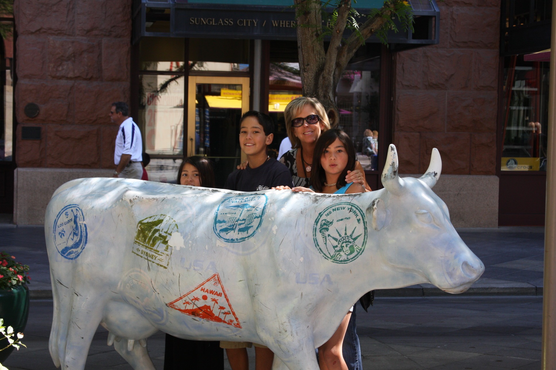 Traveling Cow and Miura\'s