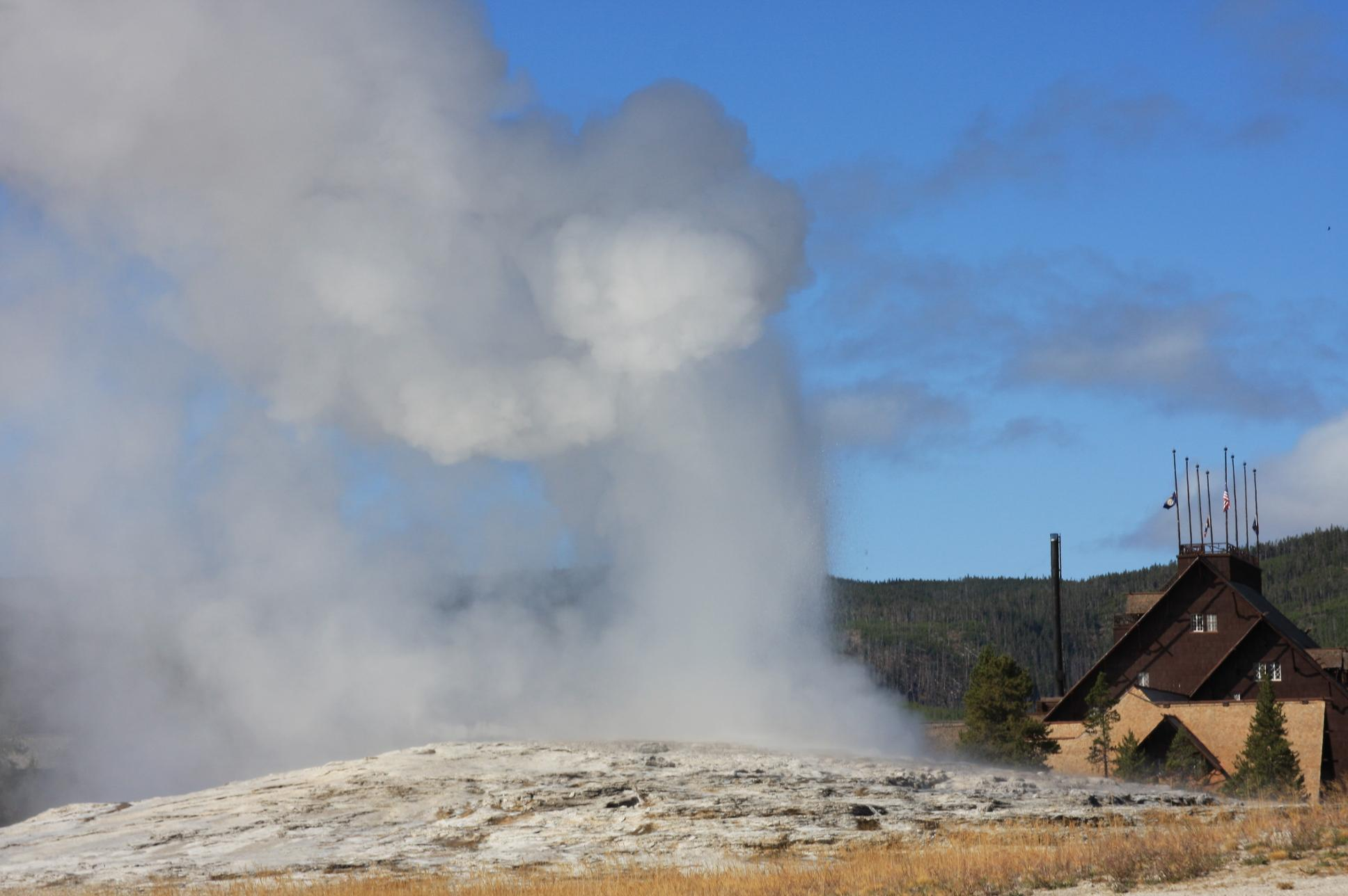 Old Faithful and Lodge